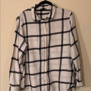 H&M black and white stripe button down US 14